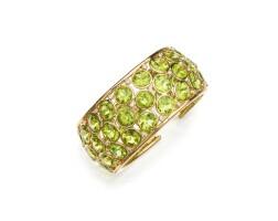 7. 18 karat gold, peridot and diamond cuff-bracelet