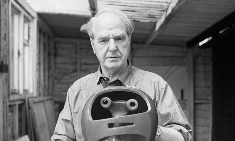 Henry Moore Helmet Head.jpg