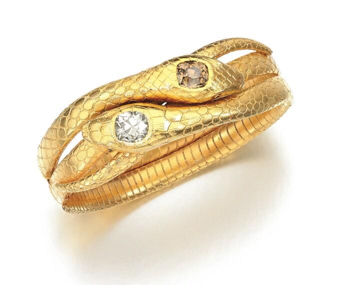 Ema-Klabin-diamond-bangle.jpg