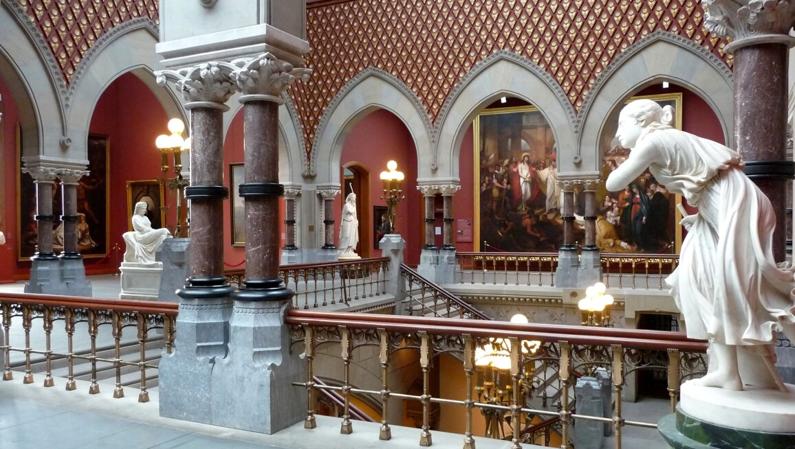 Pennsylvania Academy of the Fine Arts, interior view