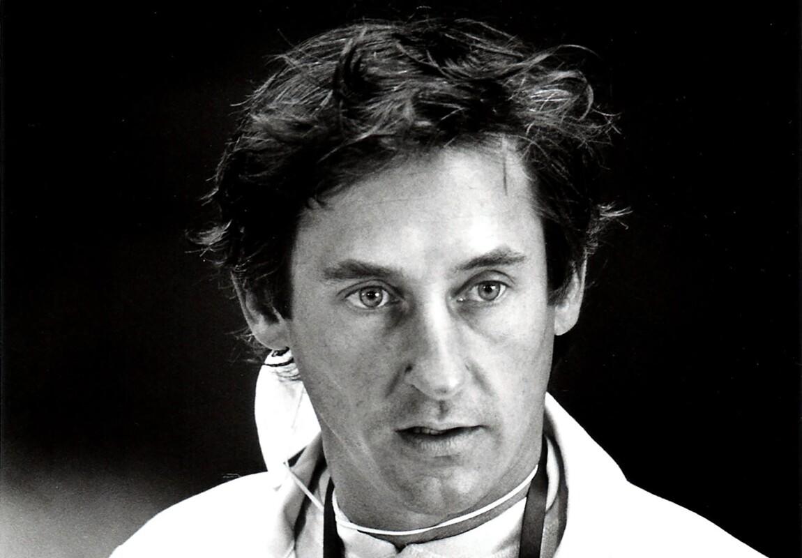 Portrait of  artist Ed Ruscha circa 1977