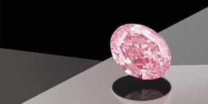 the-pink-star-640x360px.jpg