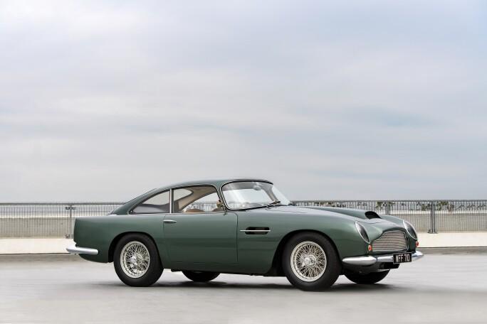 1961-Aston-Martin-DB4GT-_0.jpg