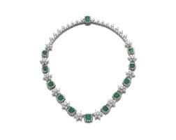 240. emerald and diamond necklace