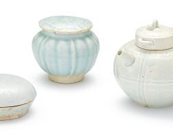 330. 宋 青白釉蓋盒、蓋罐 及 蓋壺 |