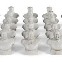 468. 1966至1967年 毛澤東瓷雕首像一組二十五件 |