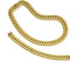 14. 18 karat gold necklace and bracelet