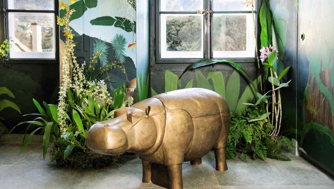 Lalanne, A Life-Size Family of Bronze Hippopatmuses. Sotheby's Paris, Design Sale June 2020 (3).jpg
