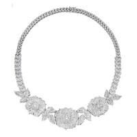 141. 白色黃金鑲鑽石項鏈