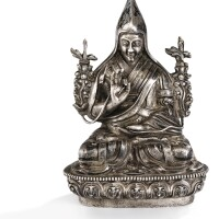 15. 十八世紀 西藏 銀班禪喇嘛坐像