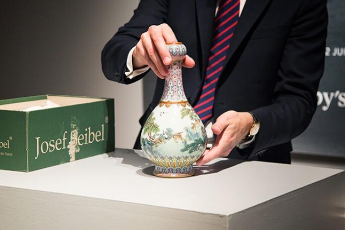 chinese-vase-3.jpg