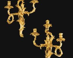134. belle paire de grandes appliques en bronze doré d'époque louis xv, vers 1750