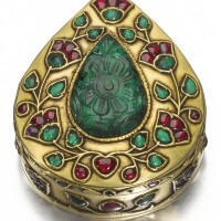 190. a gold, enamelled, and gem-set box, north india, 18th/19th century