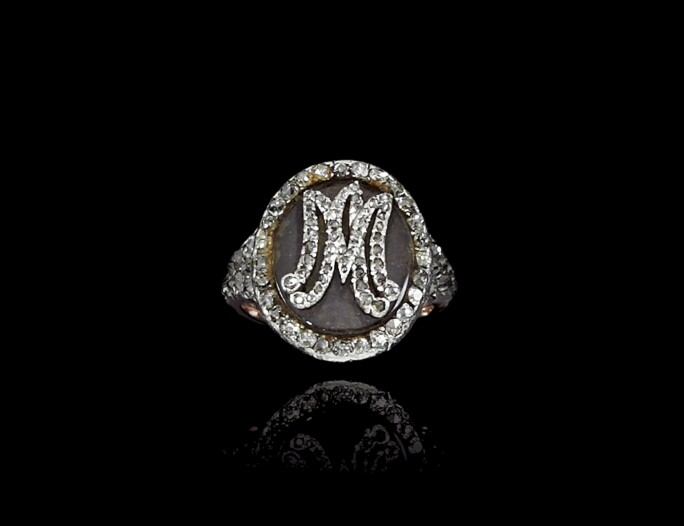 Diamond and woven hair ring, 18th century. LOT SOLD. CHF 447,000