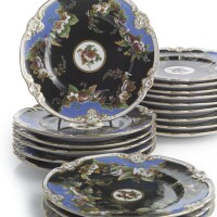 52. a set of eighteen russian porcelain dinner plates, popov porcelain manufactory, gorbunovo, 1830-1850s
