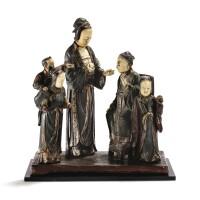 35. groupe en bois laqué et ivoire sculpté dynastie qing, xviiie-xixe siècle  