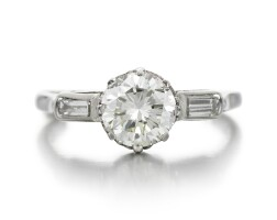 206. diamond ring