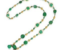 18. gold and emerald necklace