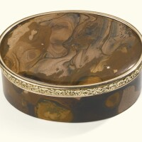 1. a hardstone snuffbox with two-colour gold mounts, probably german, late 19th century