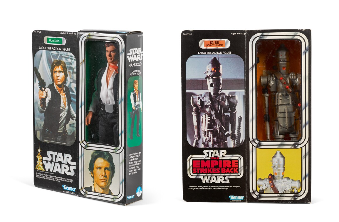 LR: STAR WARS, HAN SOLO 12 IN. FIGURE, US, 1978. ESTIMATE £400–600; STAR WARS / THE EMPIRE STRIKES BACK, IG-88 15 IN. FIGURE, US, 1981. ESTIMATE £1,200–1,800.