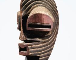 95. masque, songye, république démocratique du congo  