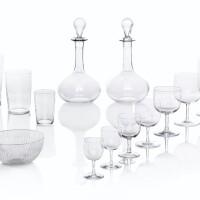 20. important service de verres en cristal du début du xixe siècle aux armes de la famille de la rochefoucauld
