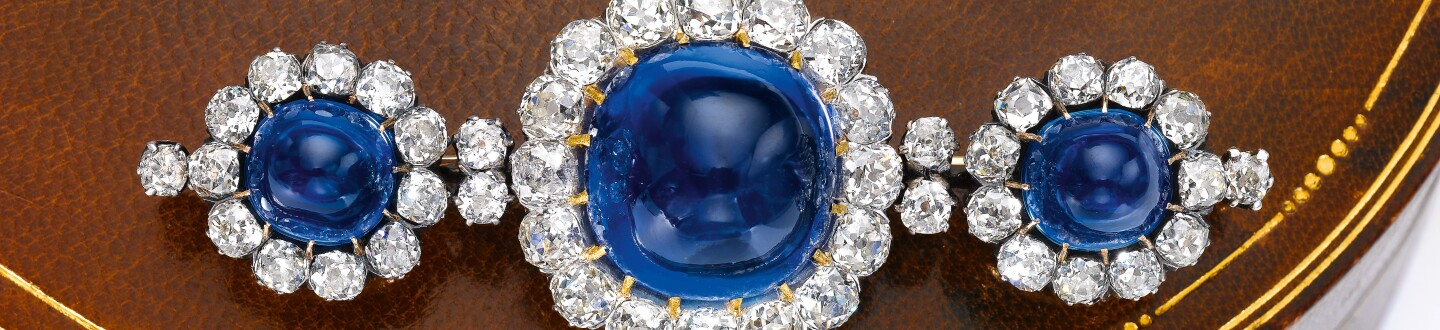 Kashmir sapphire and diamond brooch, late 19th century. Estimate CHF 500,000-800,000 / US$ 500,000-800,000.