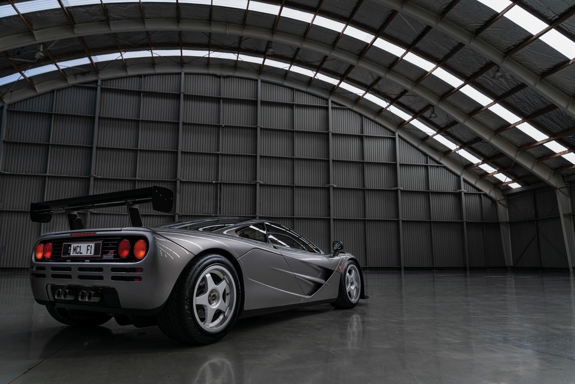 1994-McLaren-F1--LM-Specification-6.jpg
