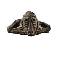 1. figurine en pierre, sepik, papouasie-nouvelle-guinée |