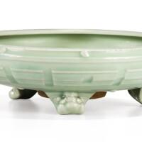 1. jardinièreen grès céladon longquan début de la dynastie ming |