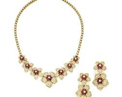168. 紅寶石配鑽石項鏈一條及吊耳環一對, 梵克雅寶(van cleef & arpels)