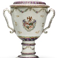 312. a fine and rare chinese export armorial urn and cover, qing dynasty, qianlong period, circa 1780 |