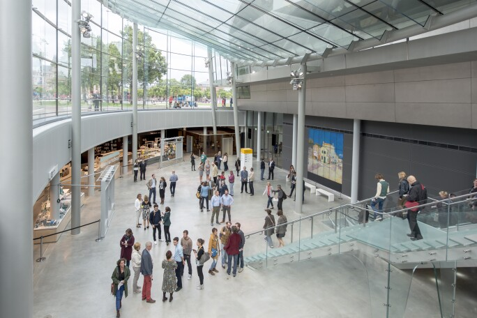 Photograph of the entrance hall of Van Gogh Museum, completed in 2015. Photo by Jan-Kees Steenman.