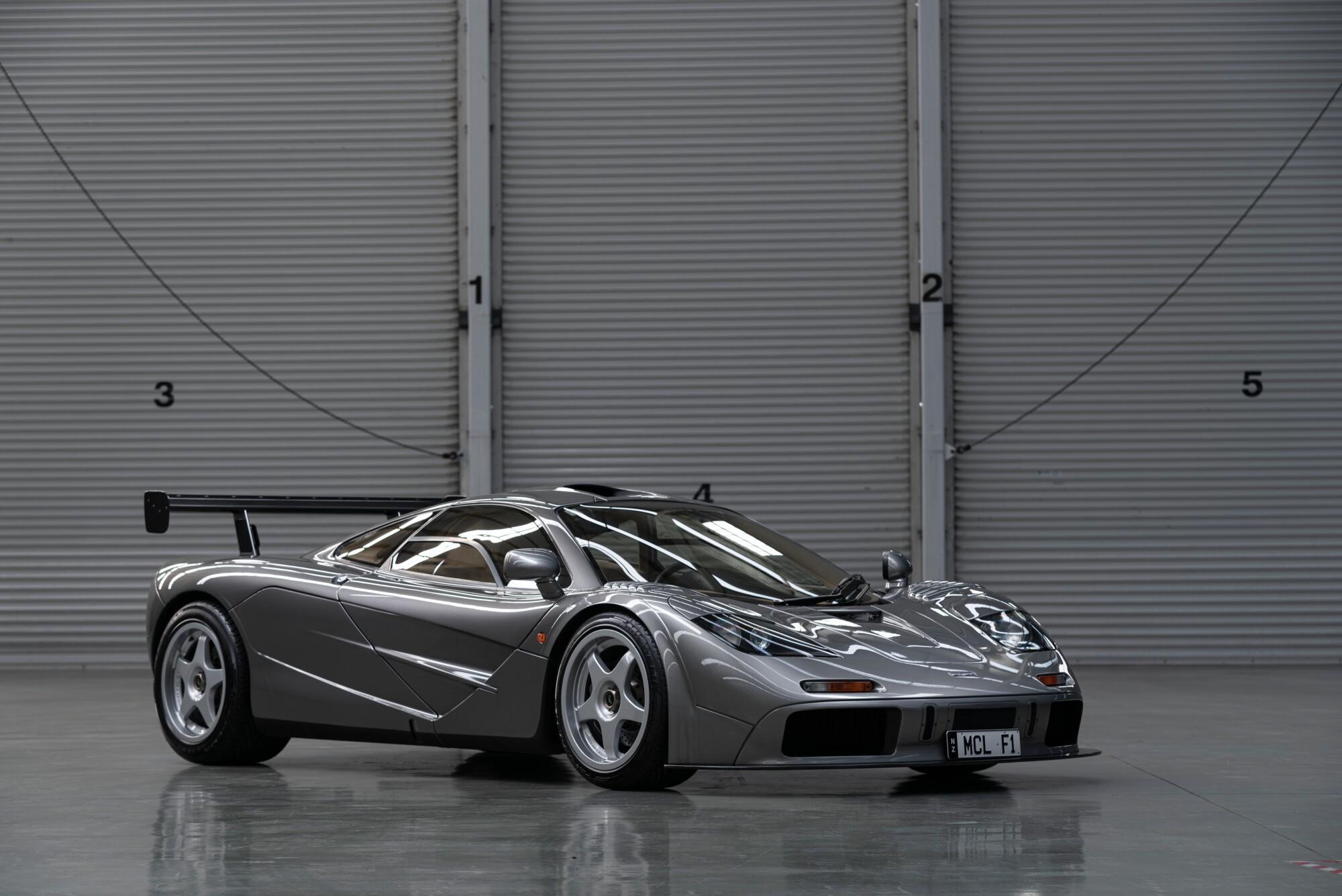 1994-McLaren-F1--LM-Specification-7.jpg