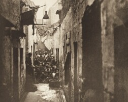 25. annan, old closes and streets, 1900