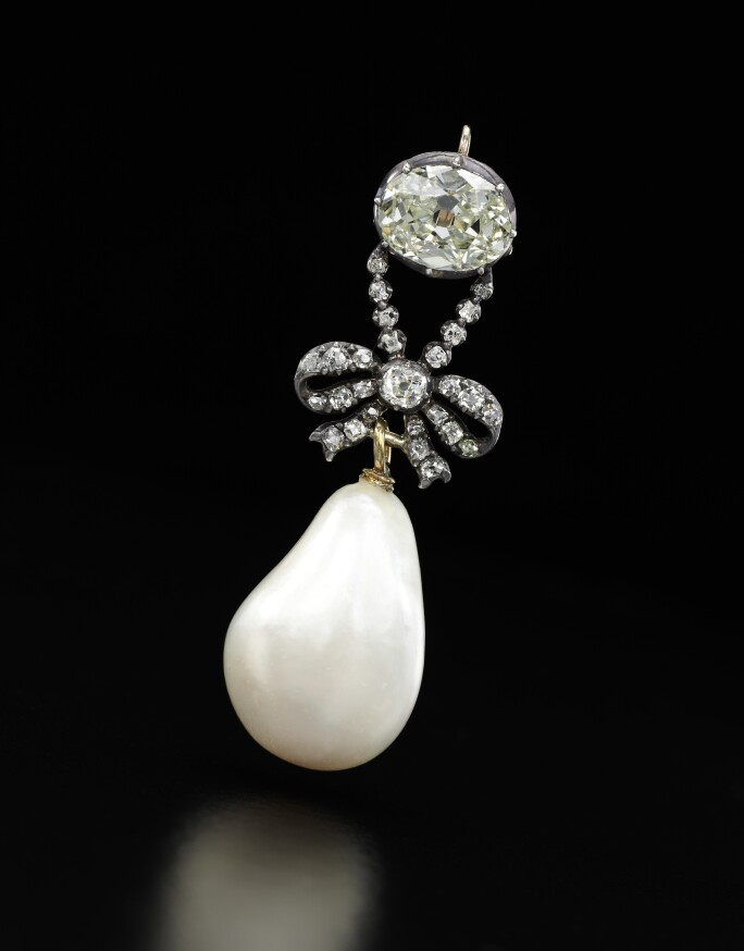 A diamond and natural pearl pendant - Royal Jewels from the Bourbon Parma Family - Sotheby's November 2018