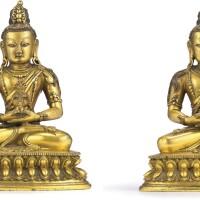 3673. 清乾隆 鎏金銅無量壽佛坐像一對