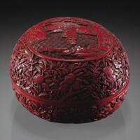 134. 清十八世紀 剔紅山水人物圖桃式蓋盒