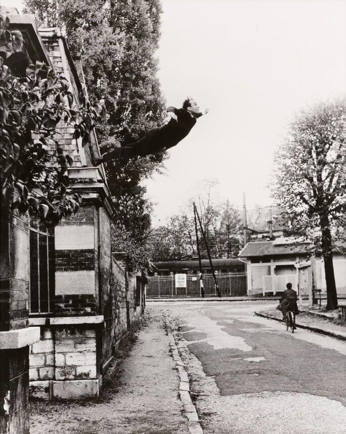 Yves-Klein-Grand-Saut-Paris-Contemporary-222PF1815_B22LN_1.jpg