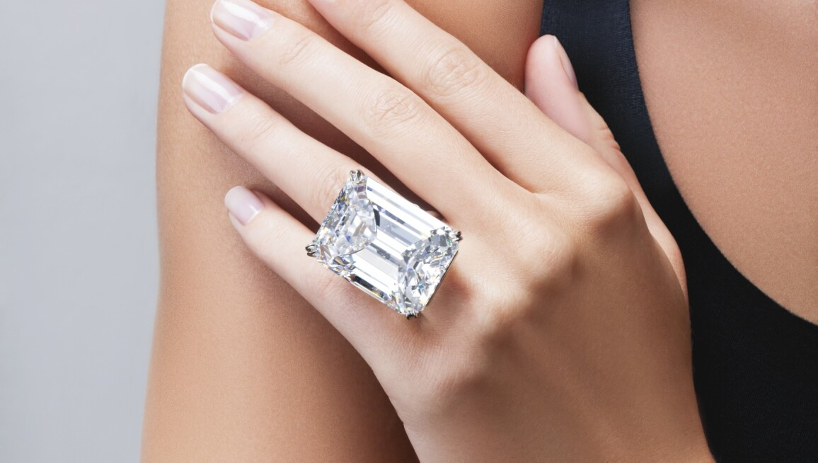 100-carat-emerald-cut-diamond.jpg