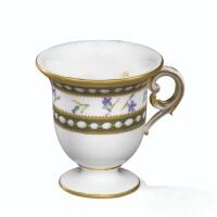 31. tasse à glace en porcelaine tendre de sèvres, lettre-date dd pour 1781, provenant du service de marie-antoinette