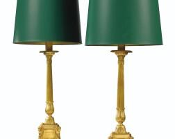 726. paire de pique-cierges en bronze doré de goût néoclassique