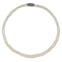 2. natural pearl necklace