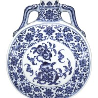 323. a fine blue and white 'peach' moonflask seal mark and period of qianlong