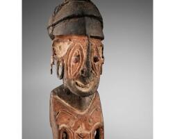 54. exceptionnelle statue masculine, groupe turamarubi, rivière turama, papouasie nouvelle-guinée
