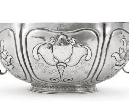 4003. an important american silver brandywine bowl, gerrit onkelbag, new york, circa 1700