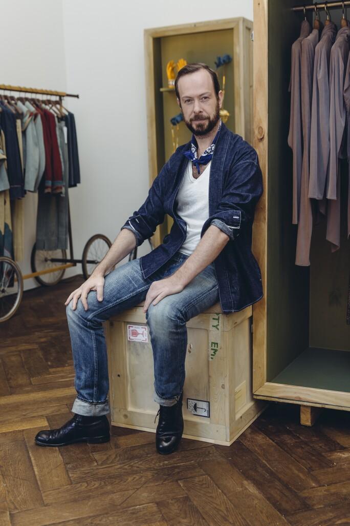 2.JanTaminiau store - profile - pic Mo Schalkx.jpg