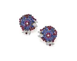 27. 黃金鑲藍寶石及紅寶石配鑽石耳環一對