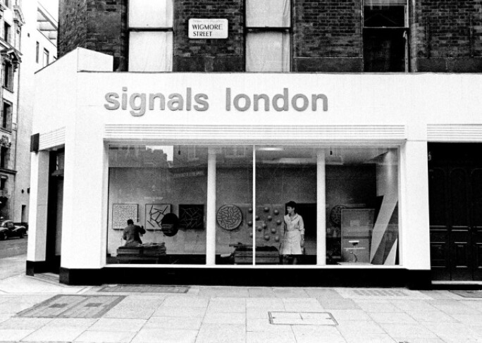 signals-3-signals-gallery-day-view.jpg