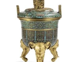 4. brûle-parfum tripode en bronze doré et émaux cloisonnés dynastie qing, époque qianlong |